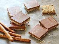 No-Bake Chocolate-Pretzel-Peanut Butter Squares