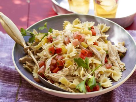 Bow Tie Pasta Salad with Chicken and Roasted Peppers