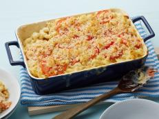 Raise the volume with Ina Garten's creamy Mac and Cheese recipe, made with Gruy�re, fresh tomatoes and nutmeg for warmth, from Food Network's Barefoot Contessa.
