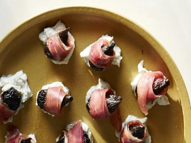 Serrano Ham-Wrapped Figs