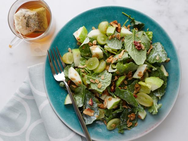 Greens, Grapes and Granola Breakfast Salad