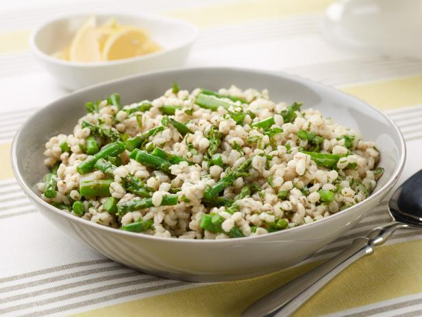 Slow-Cooker Asparagus-Barley Risotto