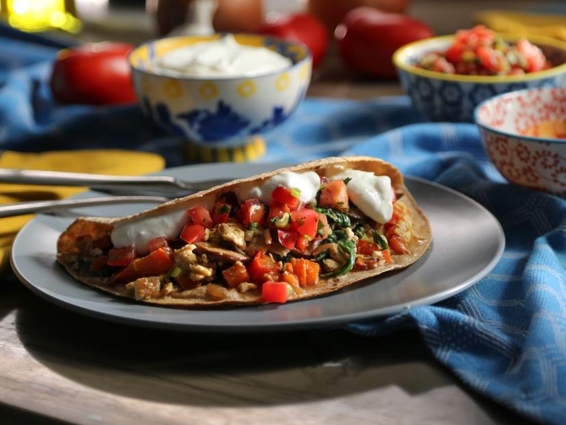 Breakfast Fajitas Recipe Valerie Bertinelli Food Network