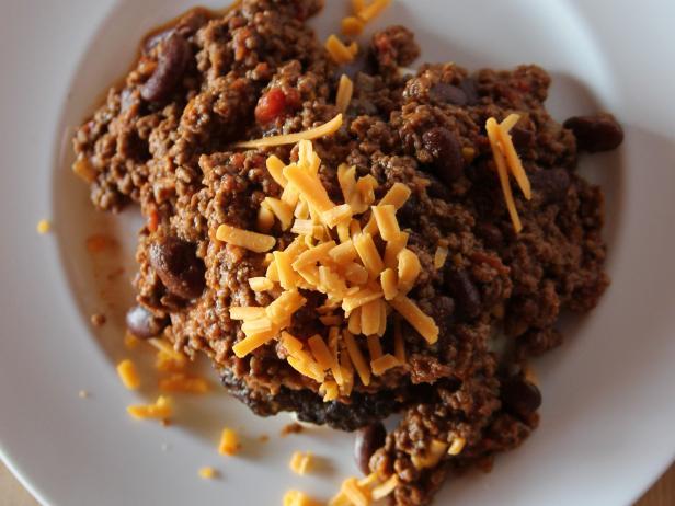 Chili cheeseburgers recipe ree drummond food network rees chili cheeseburgers 0353 forumfinder Gallery