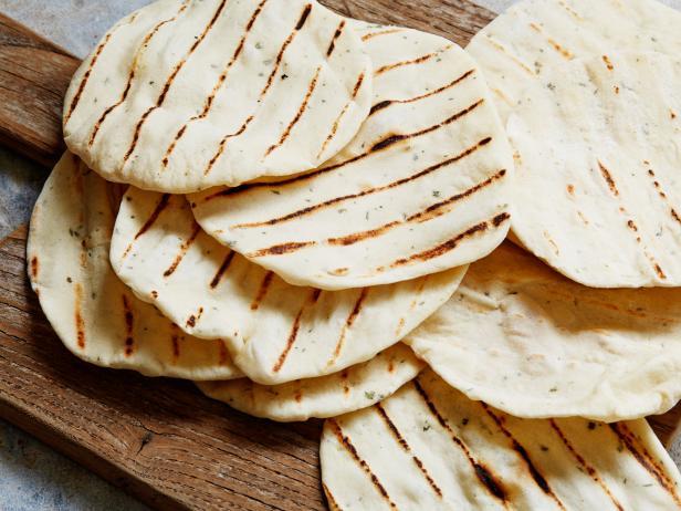 Homemade flat bread recipe food network homemade flat bread forumfinder Gallery