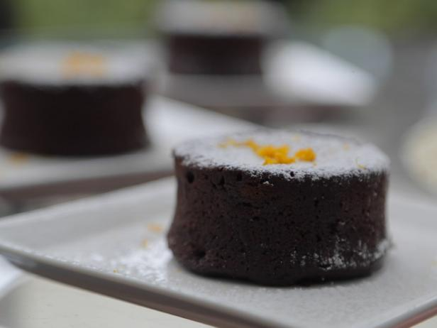 Steamed Chocolate Pudding Cakes