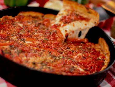 Best Pizza Restaurants In Chicago Restaurants Food