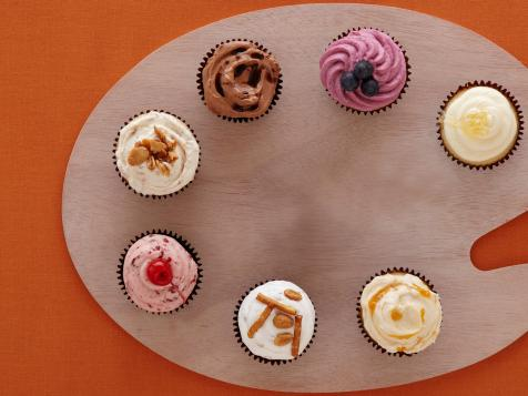 7 Ways to Customize Cupcake Frosting