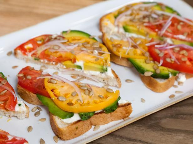 The Kitchen Sausage Sandwich Recipe