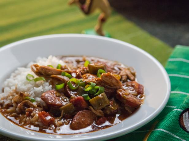 Valeries very best gumbo recipe valerie bertinelli food network valeries very best gumbo forumfinder Image collections