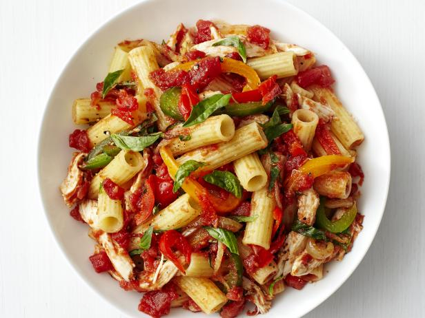 Rigatoni with chicken and bell peppers recipe food network kitchen rigatoni with chicken and bell peppers forumfinder Gallery