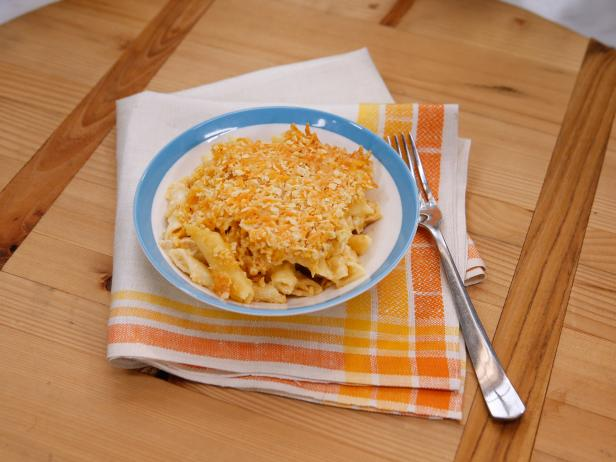 Sunny's Easy Chipotle Chicken Baked Mac and Cheese