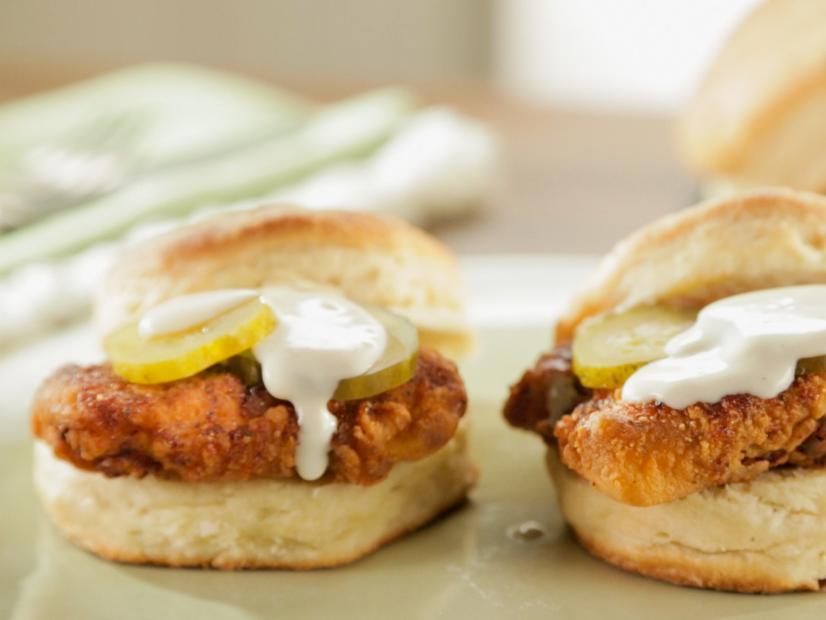 Hot Chicken Biscuits With Mamas White Gravy Recipe Trisha