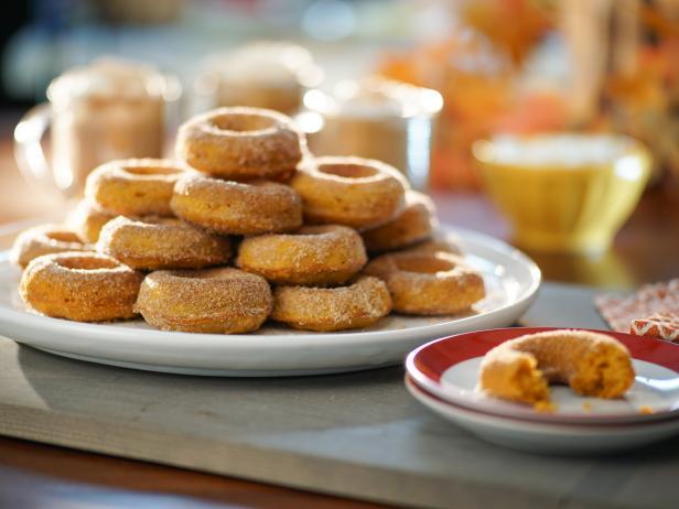 Baked pumpkin doughnuts recipe valerie bertinelli food network baked pumpkin doughnuts forumfinder Images