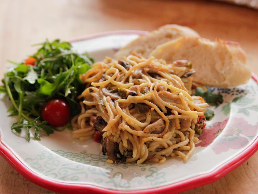 Spicy chicken spaghetti recipe ree drummond food network watch forumfinder Gallery