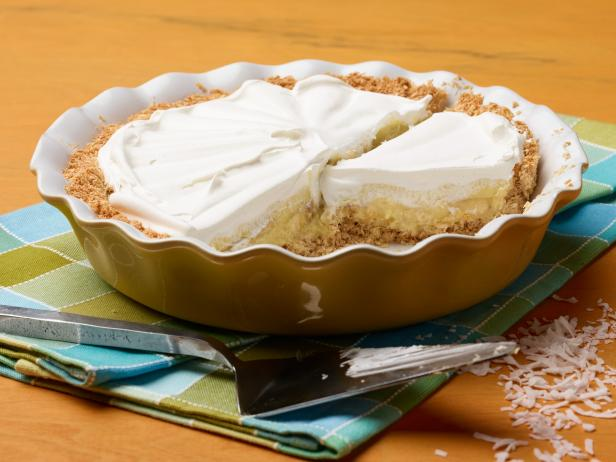 Banana Cream Pie with Coconut Crust