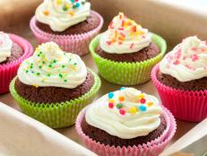 Tell us all about your cupcake cravings by voting in these polls.