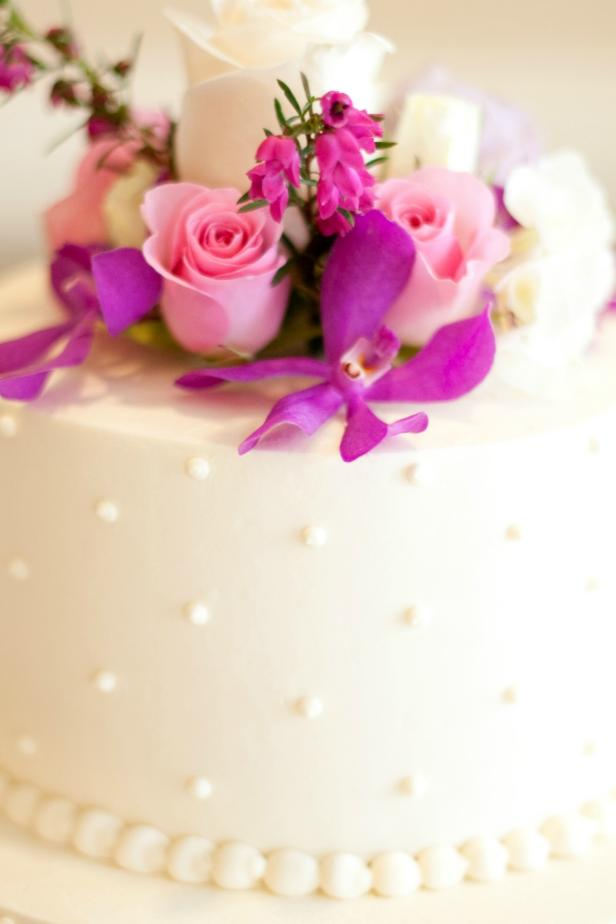 best way to preserve wedding cake how to freeze the top of your wedding cake food network 11394