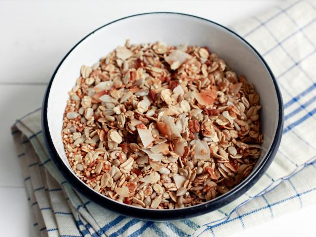 Microwave One-Bowl No-Nut Granola