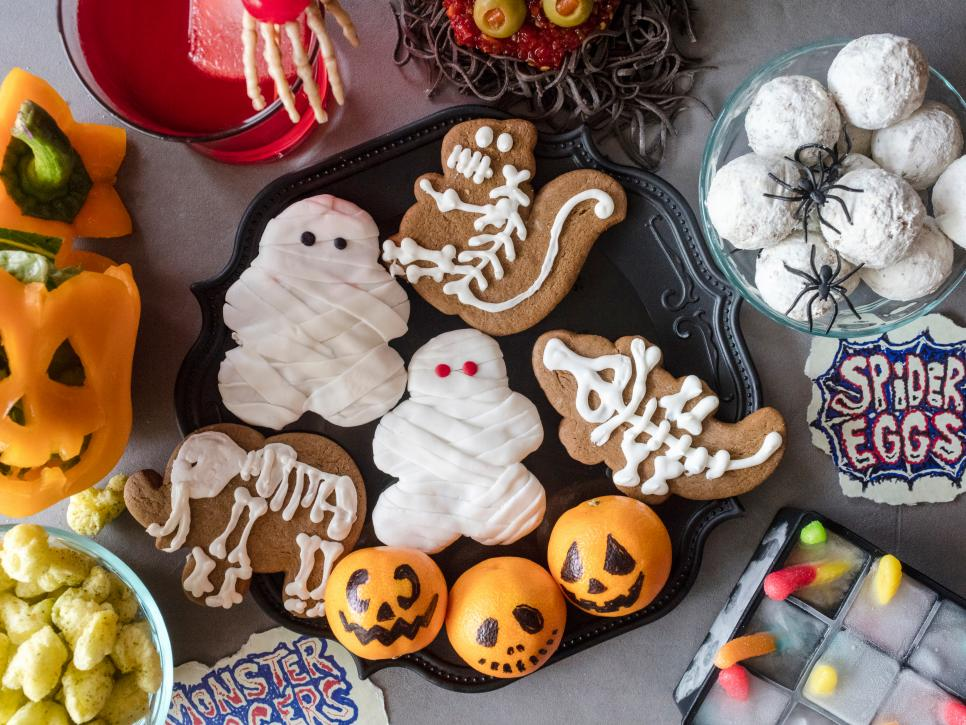 11 Halloween Foods for Kids : Food Network | Halloween Party Ideas ...