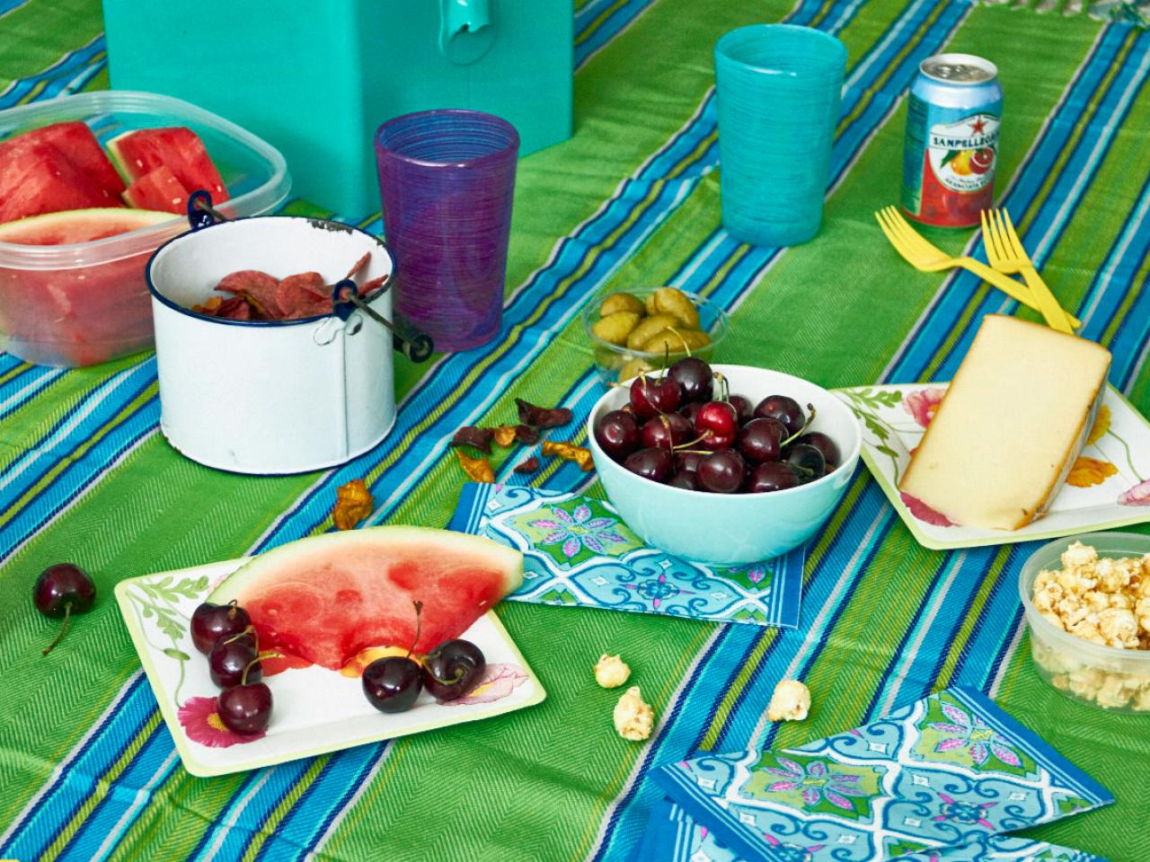 Essential Picnic Checklist Food Network Summer