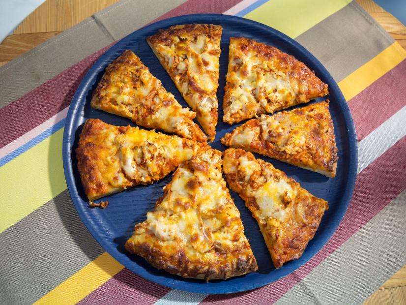 Sunnys Store Bought Pizza Bbq Chicken Pizzaz Recipe Sunny