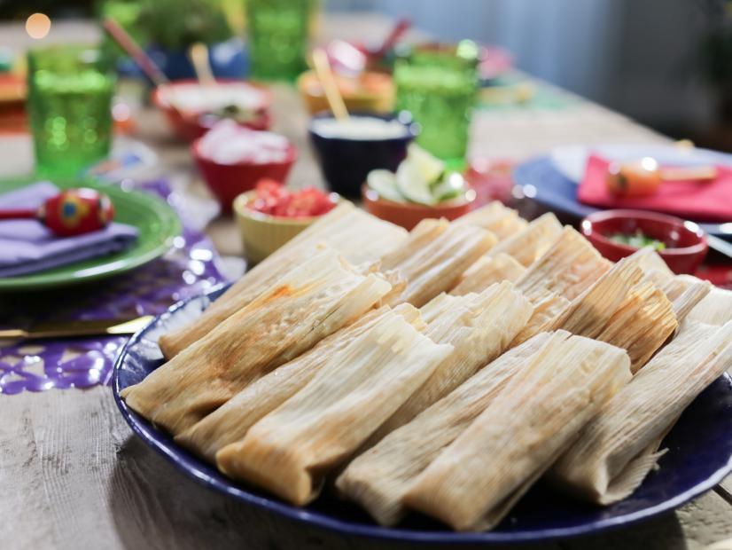 Red Chile Chicken Tamales Recipe Valerie Bertinelli Food Network