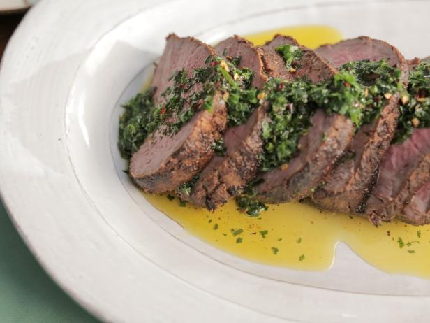 Chile-Rubbed Beef Tenderloin with Garlic-Herb Oil