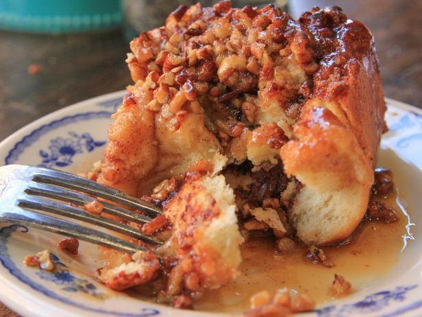 Sticky buns recipe ree drummond food network sticky buns forumfinder Gallery
