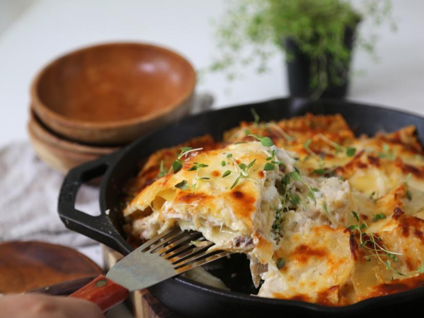 Skillet lasagna recipe bev weidner food network forumfinder Image collections