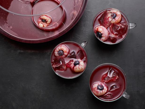 Spooky Punches and Skeleton Desserts