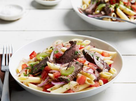 Steak, Tomato and Onion Pasta Salad with Garlic Oil