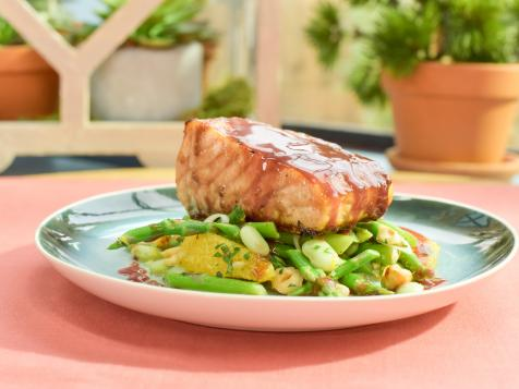 Pomegranate-Glazed Salmon with Asparagus-Mint Citrus Salad