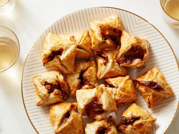 Cranberry Brie Bites image