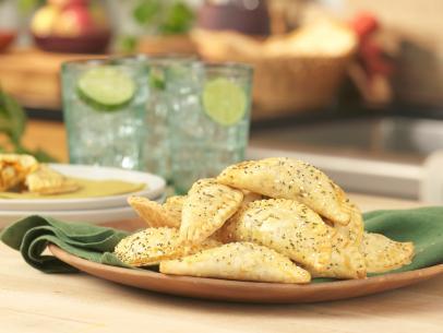 Meatless Shepherd S Pie With Horseradish Cheddar Potatoes