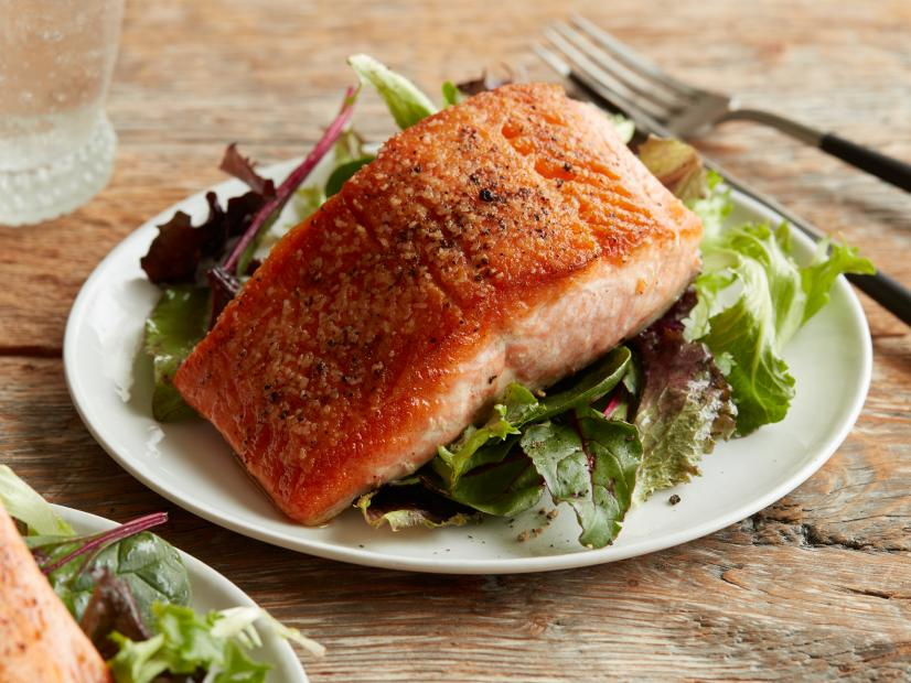 Best way to pan fry salmon fillet