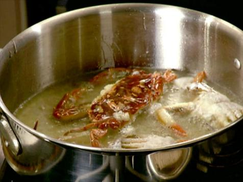 Anne Burrell's Pan-Seared Soft-Shell Crabs